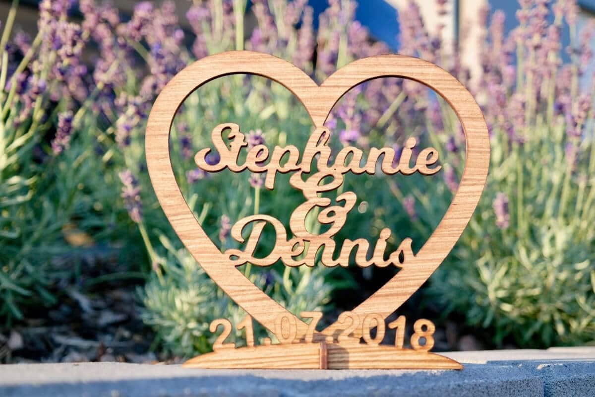 Hochzeitsgeschenk Holz - Holz- Gravur - Personalisiert für Hochzeiten, Geburtstage, Verlobung, etc