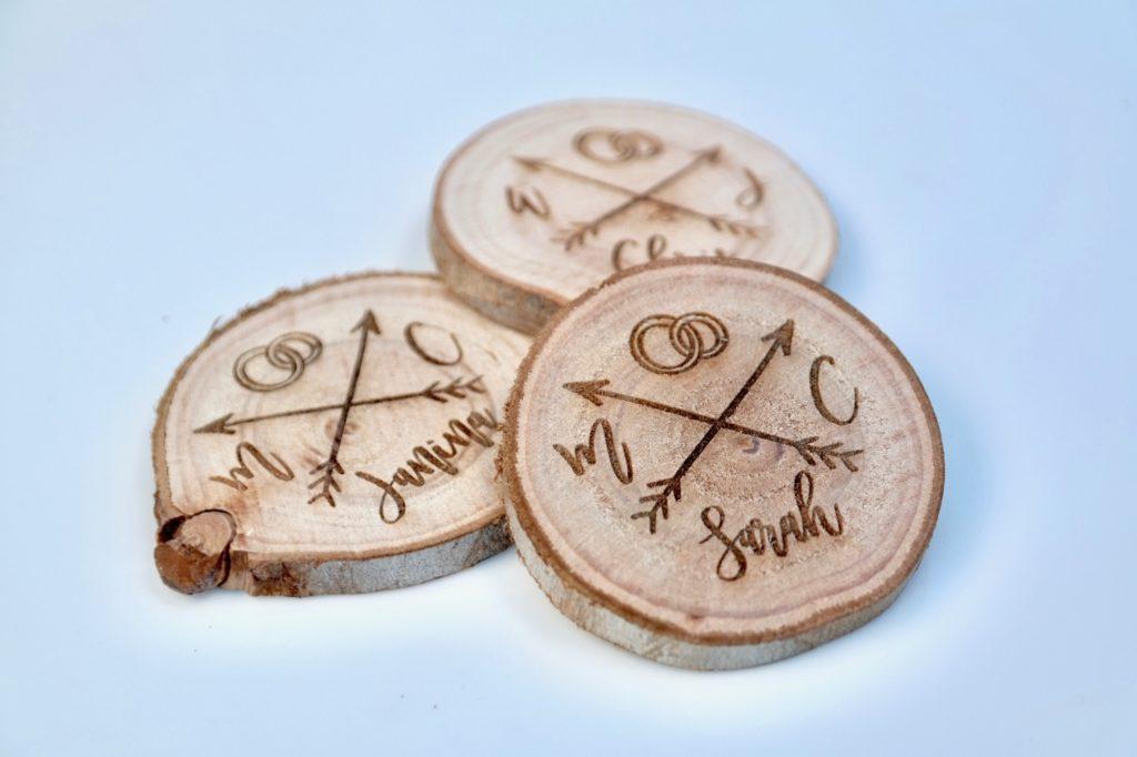 Tischkarten Baumscheiben