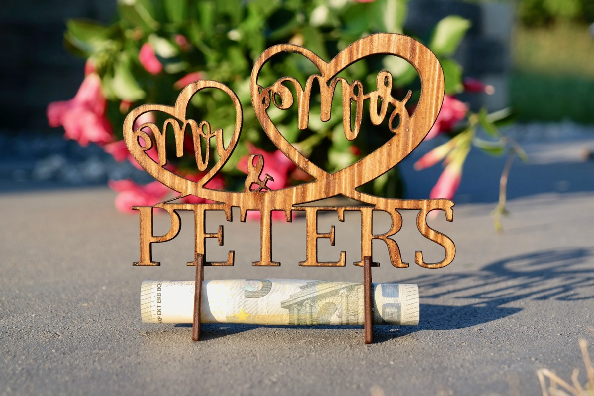 Mr&Mrs – Geschenk zur Hochzeit aus Holz | Grapefruit