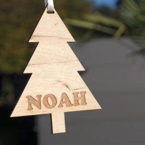 Weihnachten Weihnachtskugel mit Namen in Wunschfarbe– Weihnachtsbaum – Christbaumkugel Christbaumschmuck Weihnachtsbaumkugel