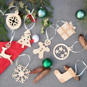 Weihnachten 8 Weihnachtskugel aus Holz im Set in Wunschfarbe – Christbaumkugeln Christbaumschmuck Weihnachtsbaumkugeln