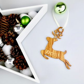 Weihnachten Weihnachtskugel mit Namen in Nussbaum – Rentier – Christbaumkugel Christbaumschmuck Weihnachtsbaumkugel