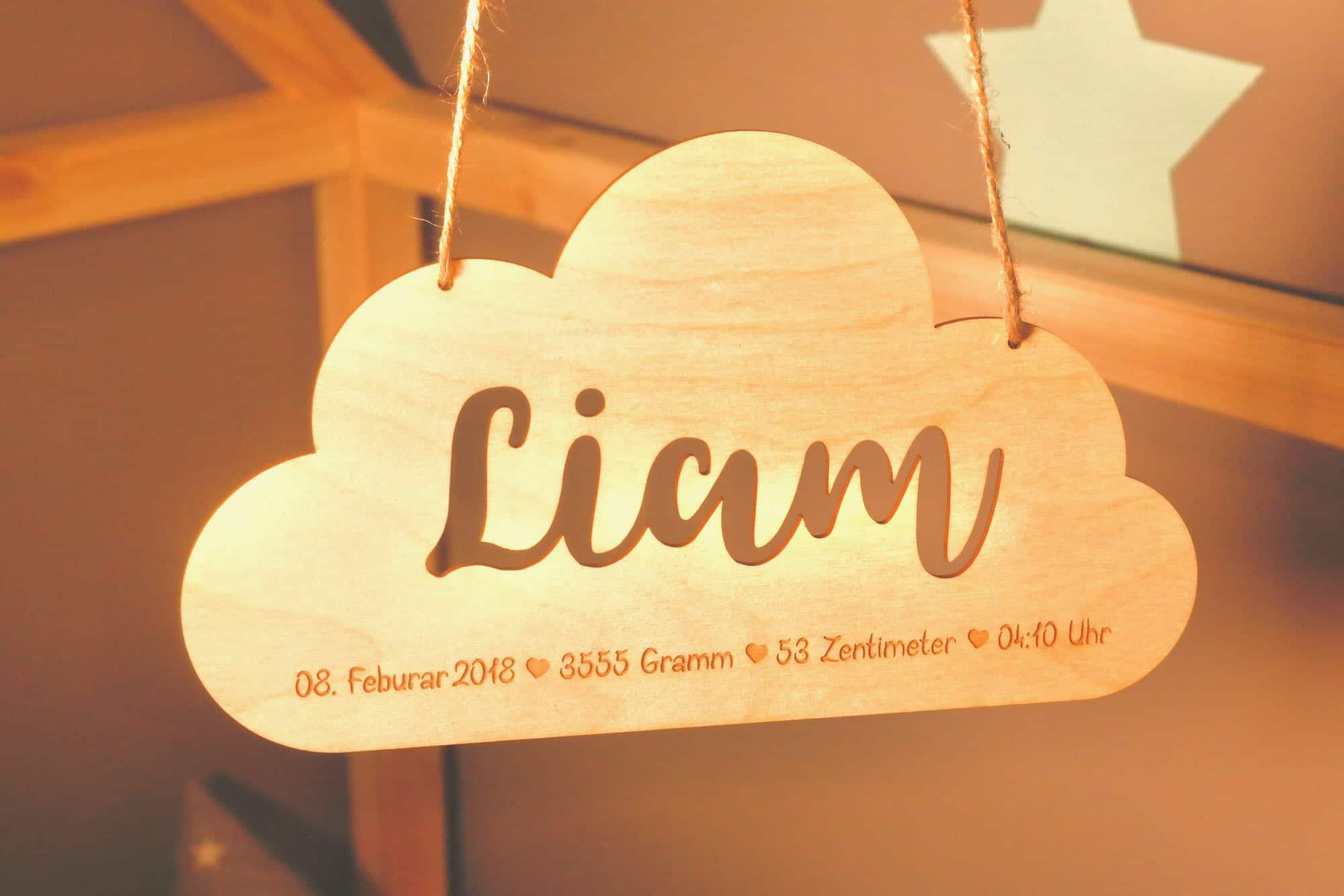 Geschenk zur Geburt aus Holz Wolke