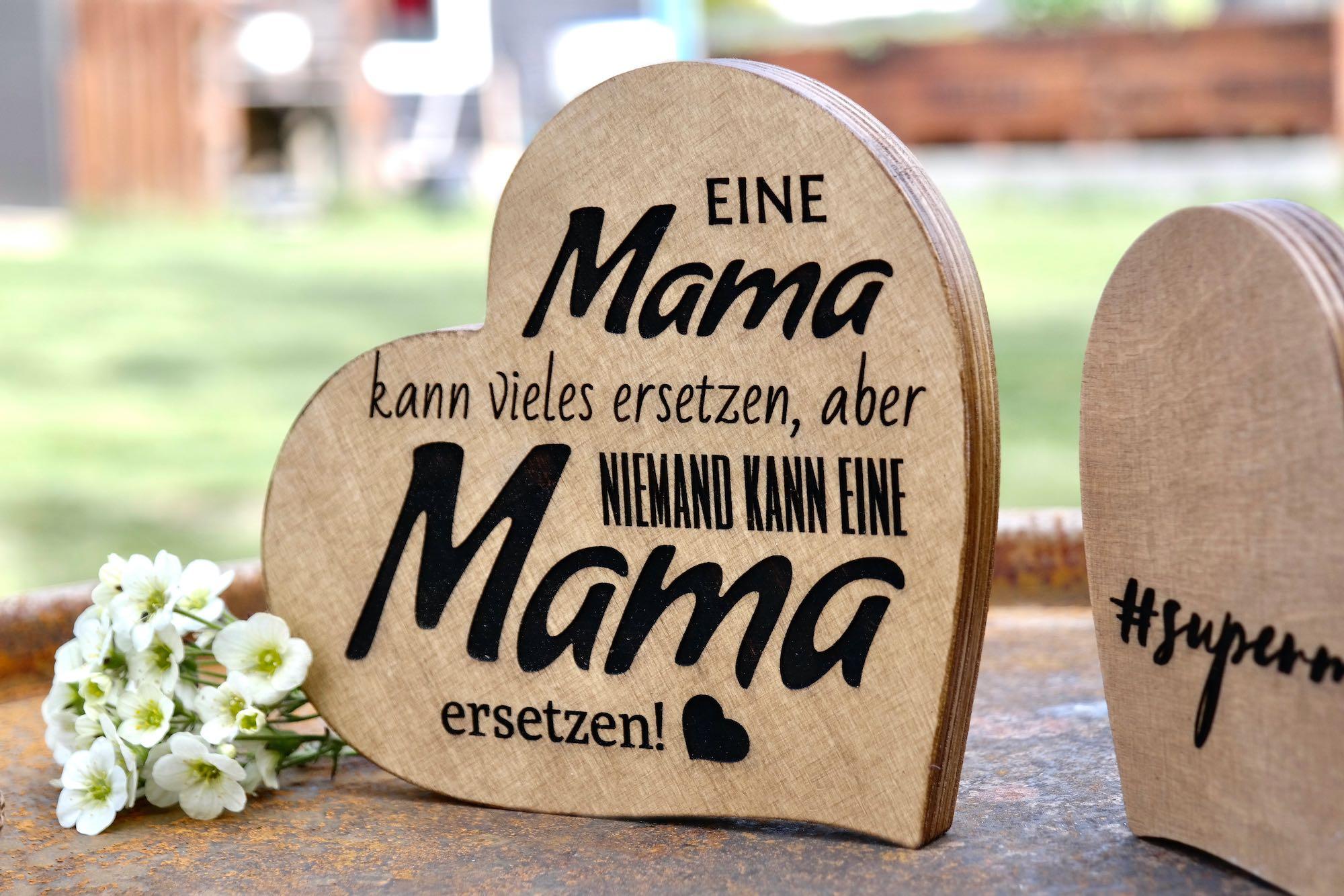 Geschenk Muttertag Herz Holz Personalisiert